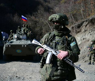 Транспорт российских миротворцев подорвался на мине в Нагорном Карабахе