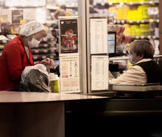 Производители продуктов питания за год подняли цены почти на 30%