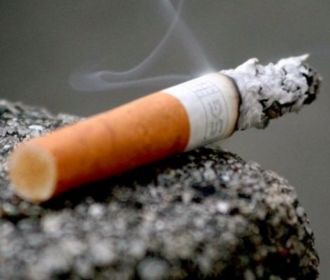 Никотиновая зависимость грозит даже тем, кто курит редко