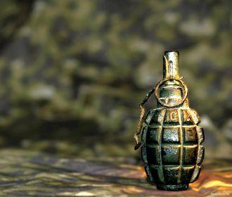СБУ задержала лидера банды, сбывавшей боевые гранаты и взрывчатку