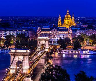 Венгрия стала первой страной Европы, вакцинировавшей больше половины населения