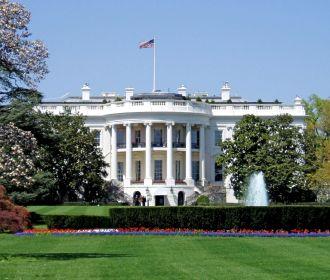 Сенатор США считает, что в Белом доме работает кукловод, принимающий решения за Байдена