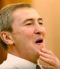 Киев группируется против мэра
