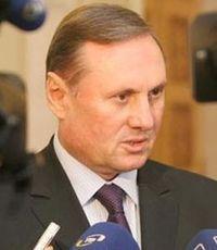 Азаров назвал обвинения против Ефремова лживыми и пустыми