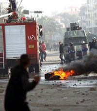 Во время акций протеста в Египте погибли 32 полицейских