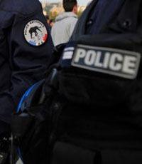 Двое убиты и 20 ранены в перестрелке в пригороде Парижа