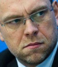 Карпунцов обвинил Власенко в сотрудничестве с властью