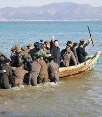 Рыбак из Южной Кореи вернулся домой после 40 лет плена в КНДР