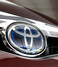 Toyota построила водородный седан