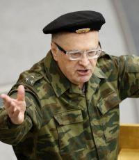Жириновский посоветовал НАТО и США остановить Порошенко