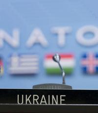 Порошенко снял с должности главу миссии Украины при НАТО