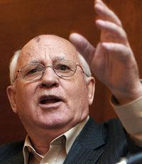 Кремль сожалеет, что Михаил Горбачев объявлен персона нон-грата на Украине