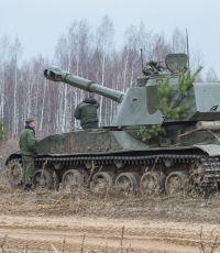 """Пресс-центр АТО: силовики начали отвод 152 мм артиллерийских установок """"Акация"""""""