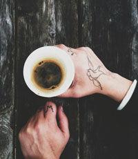 Ученые обнаружили, что кофе препятствует восстановлению слуха