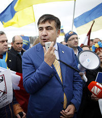 Интерпол больше не преследует Саакашвили
