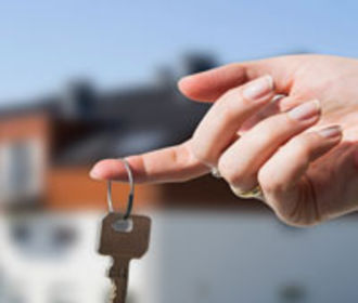 Американка предложила право аренды квартиры в обмен на замужество