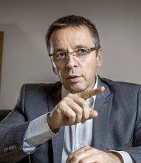 Миклош прогнозирует рост экономики Украины в текущем году на уровне 1-2%