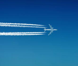 Две авиакомпании перестанут летать в Украину
