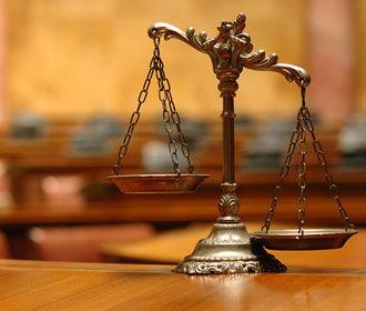 """Порошенко уволил двух судей, которые выносили приговоры """"активистам"""" Майдана"""