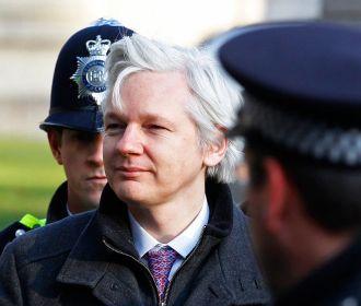 В Wikileaks назвали шокирующим британский приговор Ассанжу