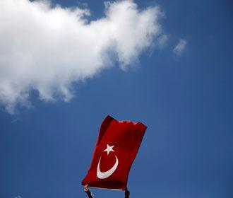 Турция обвинила Францию в попытках создания террористического государства в Сирии