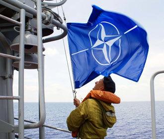 НАТО направляет новые корабли и самолеты в Средиземное море