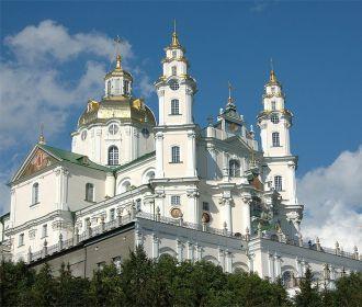 Тысячи верующих из Польши, Беларуси и Украины совершат пешее паломничество в Почаевскую лавру