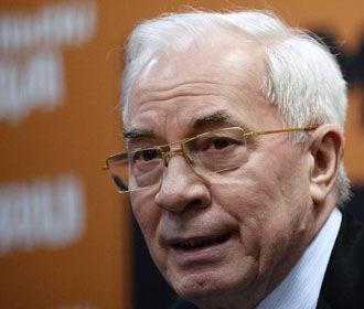 Соцсети возмущены: Азаров призвал голосовать за Зеленского