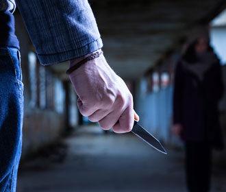 В Одессе на улице ранили ножом полицейского