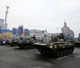 На параде покажут новое оружие и военную технику - Полторак