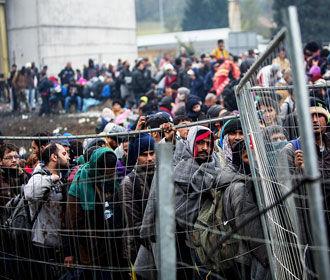 Беженец из Сирии с четырьмя женами и 23 детьми получил пособий на 360 тысяч евро