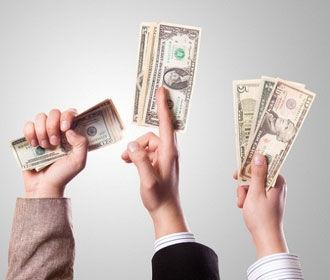 Межбанк закрылся долларом по 25,92