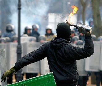 Активист Евромайдана призвал к кровавому бунту из-за деклараций чиновников