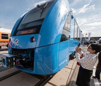 В Германии представлен первый поезд на водородной тяге
