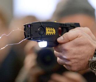 У патрульных полицейских появятся электрошокеры