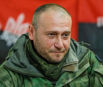 Порошенко наградил Яроша именным огнестрельным оружием