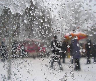 Снег и гололед ожидаются в Украине в воскресенье