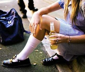 Каждый второй украинский школьник имеет опыт курения сигарет