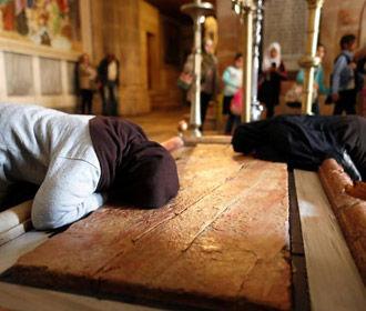 В Иерусалиме археологи вскрыли могилу Христа в Храме Гроба Господня