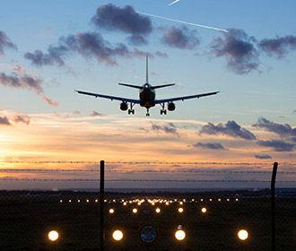В США обеспокоились безопасностью полетов из-за неработающего правительства