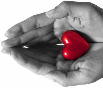 Диагностировать отклонение в работе сердца помогут глаза