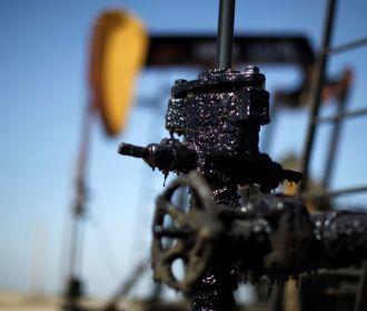 Нефть дешевеет из-за угрозы третьей волны COVID-19
