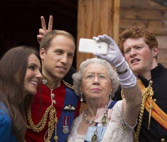 Королева Великобритании в скором времени может отречься от престола