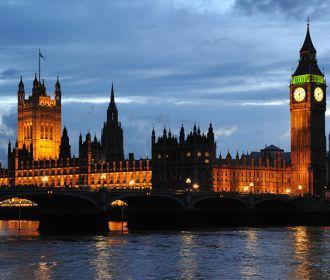 """Британия рискует превратиться в """"культурную пустыню"""" из-за COVID-19 - парламент"""