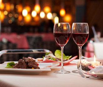 Возврат ресторанов и гостиниц к полноценной работе планируется с 10 июня