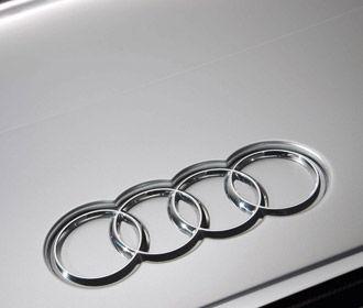 Audi привезла в Париж серийный электрокроссовер E-Tron