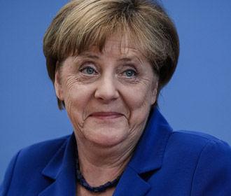 """Меркель обсудит в Варшаве вопрос о репарациях и тему """"Северного потока 2"""""""