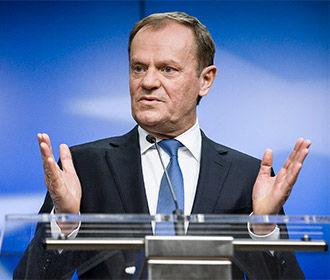 Туск обвинил Джонсона в отсутствии реалистичных предложений по границе Британии с ЕС