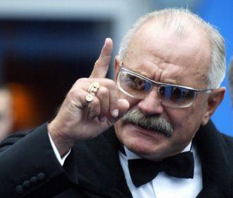 Михалков подал в суд после рекламы БАДов с его изображением