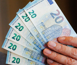 Болгария отложила переход на евро из-за пандемии
